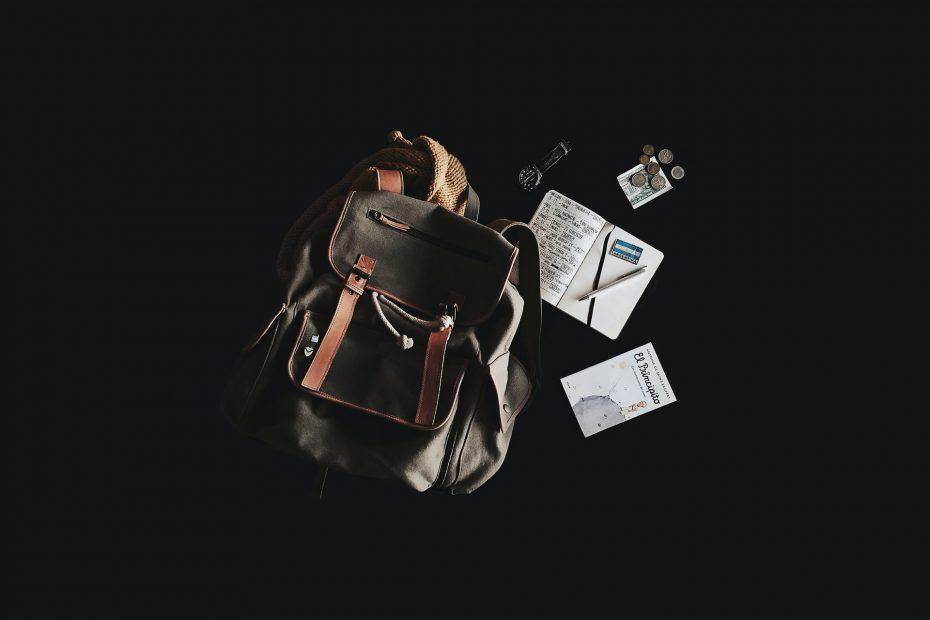plecak i zeszyt